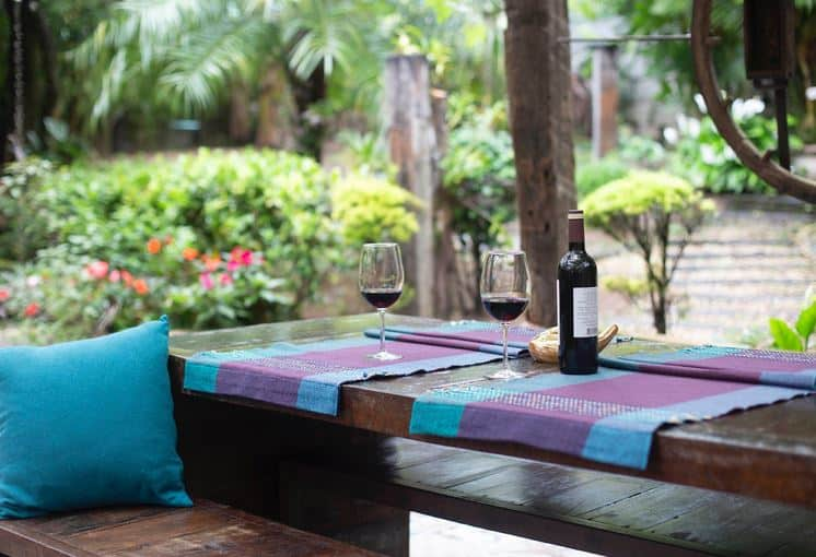 How To Create The Perfect Outdoor Entertaining Area